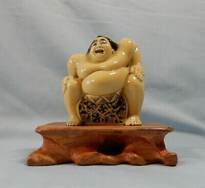 Antique Rare Japanese hand carve netsuke sumo wood stand circa 1950s retired