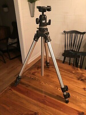 MANFROTTO 3021 Professional Camera Tripod W 488 Head Made In Italy Photography