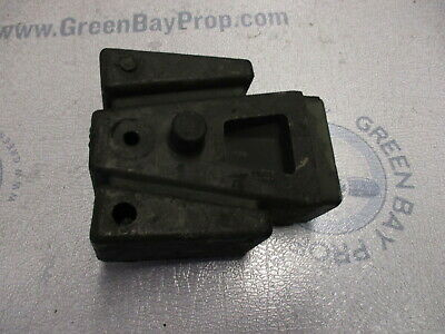 0387783 Evinrude Johnson Outboard Lower Rubber Motor Mount
