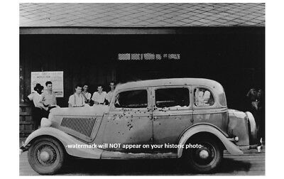 1934 BONNIE & CLYDE Death Car PHOTO Gangster Bullet Holes,1932 Ford, gun shots