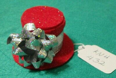 Red Felt Christmas Top Hat w Silver Band & Package Bow Ken Barbie Doll KNH432