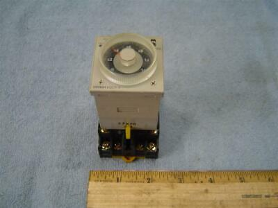 Omron H3CR-A Timer w/Base Used