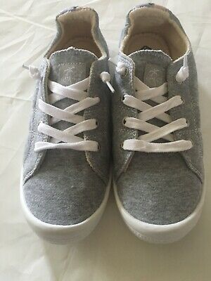 77a2d1c3d9a4 New ROXY BAYSHORE II Slip-on Sneakers Shoes Women s 8.5 Gray Squish This