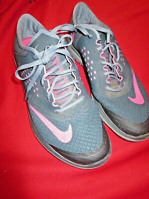 Women Grey and Pink Nike Fitsole tennis