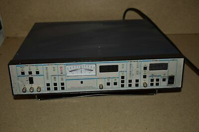 ^^ Stanford Research Systems Sr510 Lock-In Amplifier