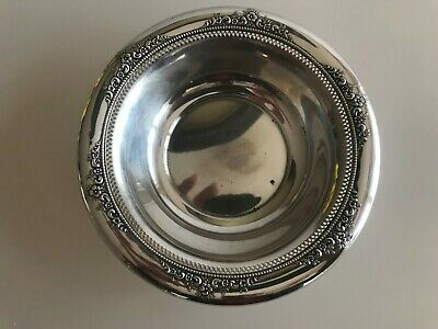 Lunt Sterling Silver Small Bowl American Victorian Reticulated Border Flowers