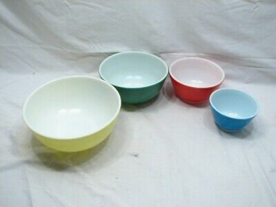 Set Glass Pyrex Primary Color Nesting Mixing Bowls Colored Red Blue Green Yellow