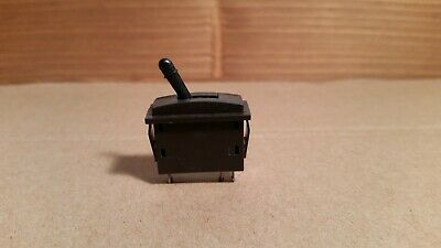 Black Lever Peco PL-26B Passing Contact Switch