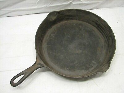 Vintage Wapak No. 10 Cast Iron Fry Pan Frying Skillet w/Smoke Ring Camp Fire B