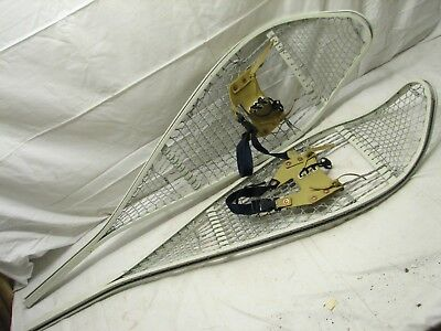 Pr Lg Vintage Metal Snow Shoes Magline 1986 Cable Snowshoes Hunting Cabin Decor