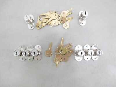Lot of 8 Kenstan Hudson Plunger Retail Store Case Cabinet Locks w/26 Total Keys