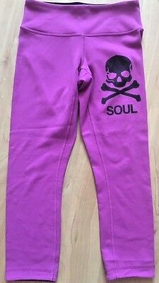 LULULEMON SOULCYCLE Wunder Under Crop Pants sz 4 Ultra Violet Reversible Black