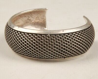 Chinese Tibetan Silver Hand Carving Bracelet Fashion Gift Collection