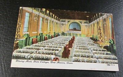 Old Postcard<NEW HAVEN, CONNECTICUT>{YALE UNIVERSITY---THE DINING HALL}
