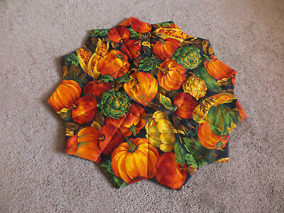 """Beautiful Handmade Quilted Doily Reversible Bold Pumpkins or Horses 15.5"""" WOW"""