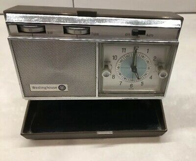 Vintage Westinghouse A/M Transistor Radio Travel Wind Up Alarm Clock.