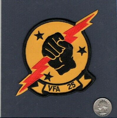 VFA-25 FIST OF THE FLEET US NAVY F-18 Hornet Fighter Squadron Patch
