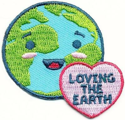 Girl Boy Cub LOVING THE EARTH Fun Patches Crest Badges SCOUT GUIDE recycle clean