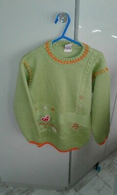 girls jumper by KIDS WEAR,size 10-11 yrs,used good cond. lime green