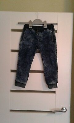 F&F boys jeans trousers, new no tag,size 3-4 years