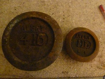 Avery 4lb and 1lb cast iron weights , (Ref; R33)