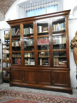 Beautiful Antique Library of 700 Walnut Piedmont Gorgeous Furniture Period