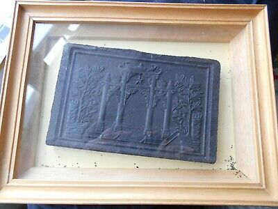 Box frame with a decorative block of tea