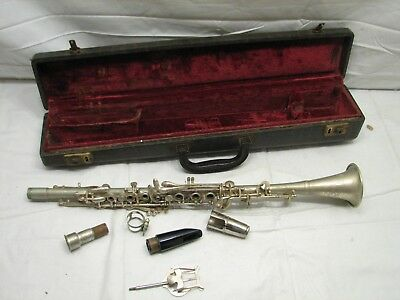 Vintage Regent Ohio Band Metal Clarinet Musical Instrument w/Case Bb