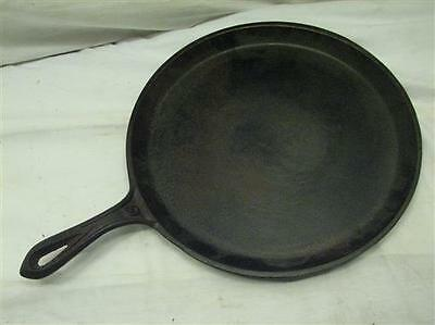 Antique Cast Iron No. 6/9 Shallow Skillet Griddle Fry Pan 1 Gate Mark Smoke Ring