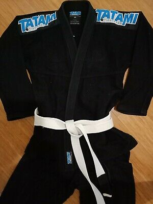 Gi mens Tatami brand A3 black with belt, never worn , excellent condition