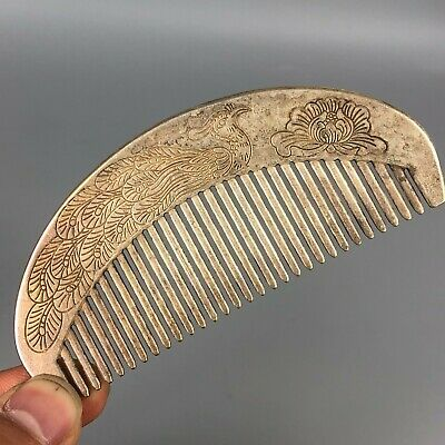 Chinese Old Antique Tibet Silver Handwork Collectible Rare Peacock Comb Statue