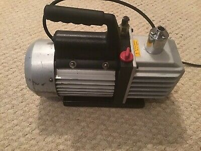 Two Stage Vacuum Pump 4 CFM 1/3 HP Air Conditioning Refrigeration used.