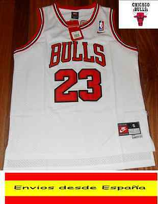 Camiseta Nba  Retro  Chicago Bulls Jordan  N.23  Talla (S) Color Blanca.