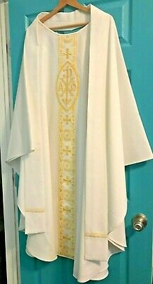 Gorgeous Catholic Priests White & Gold Embroidered Chasuble & Stole