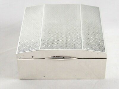 Smart English Art Deco Solid Sterling Silver Cigarette Trinket Box 1927