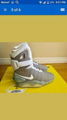 size 40 3ae48 2d450 Nike Air Mag Back To The Future 2011 Size 9 Deadstock New With Box  Accessories