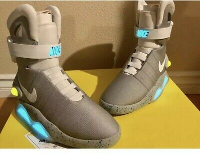 brand new a4193 2d53e Nike Air Mag Back To The Future 2011 Marty McFly DS Size 8 New With Box