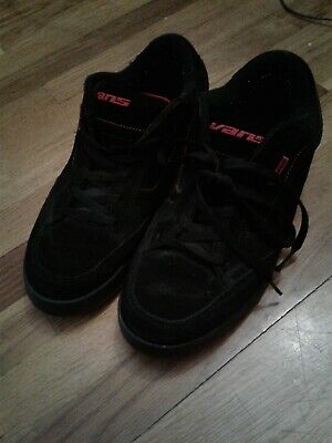 6d51c6fad9 Vintage 90s Vans Skate Shoes Size 12 Black And Red Great Condition  Skateboarding