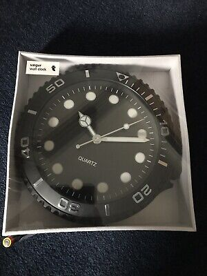 Vaegur Black Quartz Wall Clock. New In Box