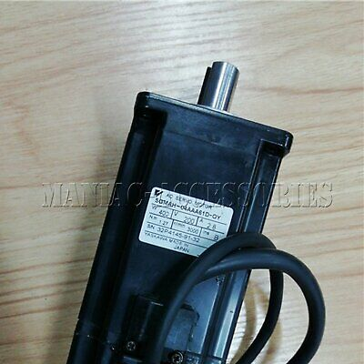 1PC Used Yaskawa servo motor SGMAH-04AAA61D-OY Tested In Good Condition