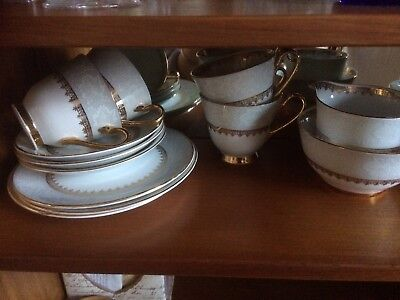 Vintage Collectible Rare 1950's Royal windsor Bone China Gold Edged Tea Set