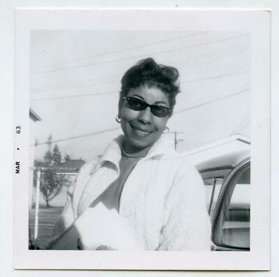 Close-Up Smiling Pretty Black/African American Woman Sunglasses Vtg 1963 Photo