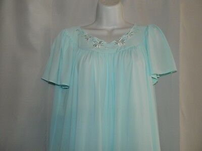 Ladies Size S  Miss Elaine Vintage Baby Blue Night Gown