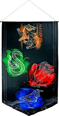 Artwork & Wall Pieces--Harry Potter - House Crests Satin Banner