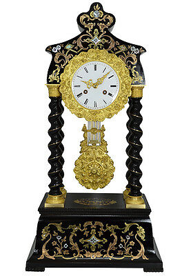 pendule portique marqueterie. uhren clock bronze horloge XIX french antique