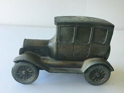 Vintage Banthrico Bank Hales Corners WI metal car coin bank with Key 1926 Ford