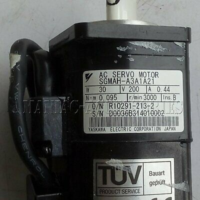 1PC Used Yaskawa SGMAH-A3A1A21 servo motor Tested In Good Condition