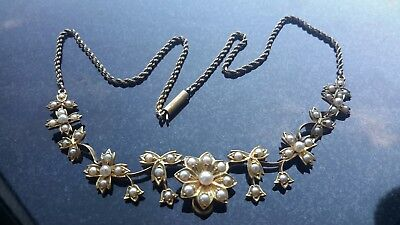 Beautiful  Antique Victorian Floral  and Foliate 15 CT Gold Pearl  Necklace