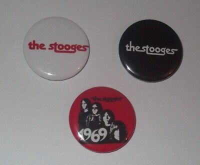 THE STOOGES - 3 x BADGES * NEW * D PIN 25mm (SET # 1)