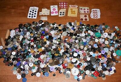 Bulk Buttons 1.25kg Multi-coloured Scrapbooking Sewing Crafts Embellishments
